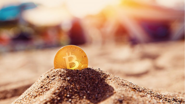 bitcoin-miners-are-earning-over-1-million-per-hour-an-increase-of-185-since-the-2020-halving-768x432-1
