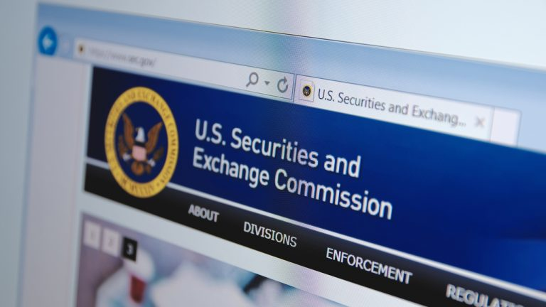 ripple-lawsuit-could-invoke-billions-in-losses-to-innocent-third-parties-says-former-sec-commissioner-768x432-1